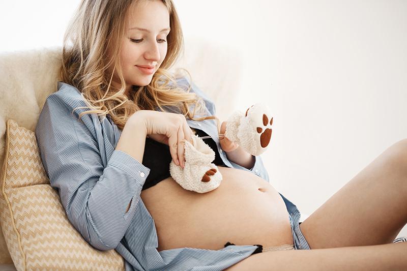 Tehotenstvo dvadsat sest