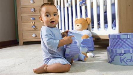 Jucării din pluș pentru bebeluși